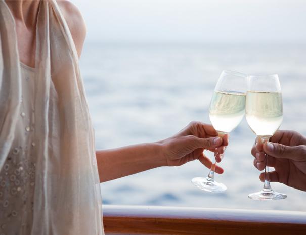 sailing trip crete honeymoon