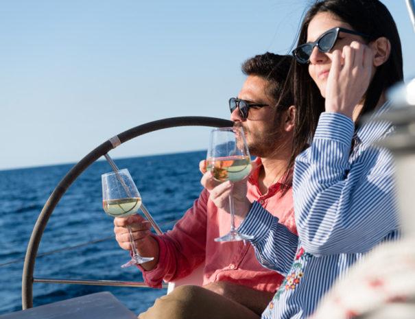 avanti sailing trips